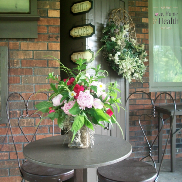 Ice Cream Parlor Table and Chairs Set - Patio Decorating Ideas - Love Home and Health